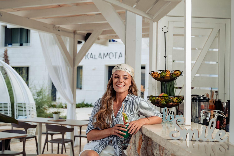 Kalamota Beach House Bar