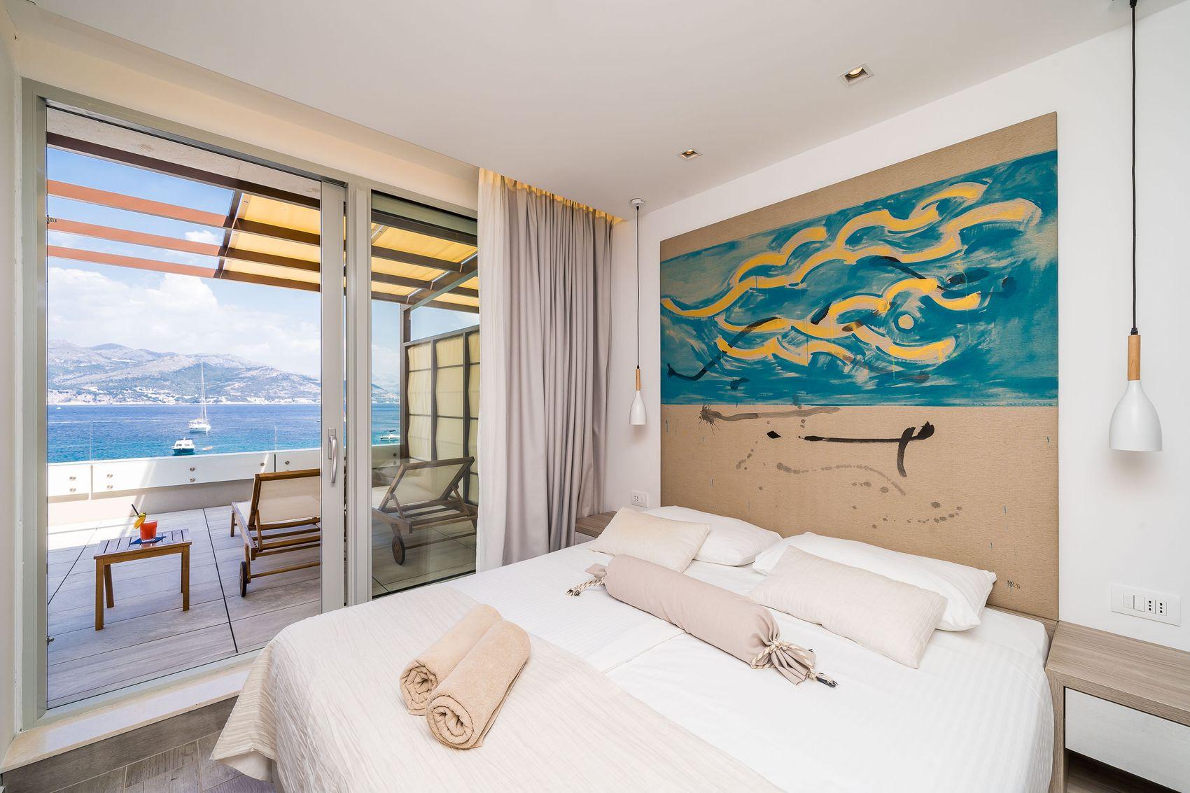Kalamota 2 Bedroom Suite Premium with terrace