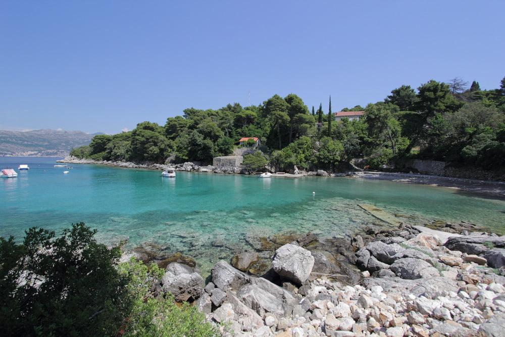 Don Gjivan (locally called Don Đivan) is a sandy/rockyKalamota Island beach