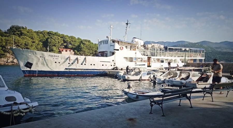 A simple way to get to Kolocep island from Dubrovnik is to bead the Jadrolinija passeneger ferry.